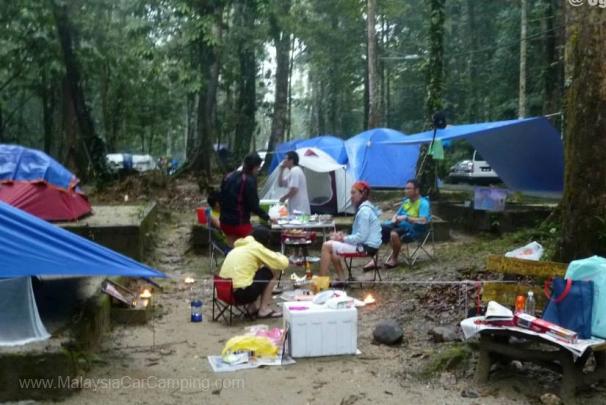 sungai_congkak-campsite-malaysia-car-camping-1