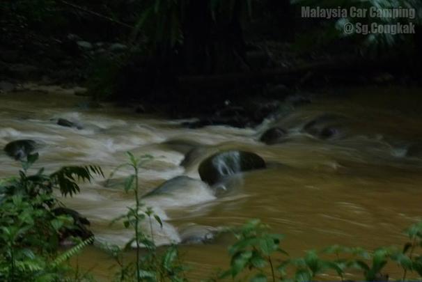 sungai_congkak-campsite-malaysia-car-camping-15
