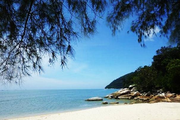 camping-monkey-beach-penang-malaysia_car_camping_6