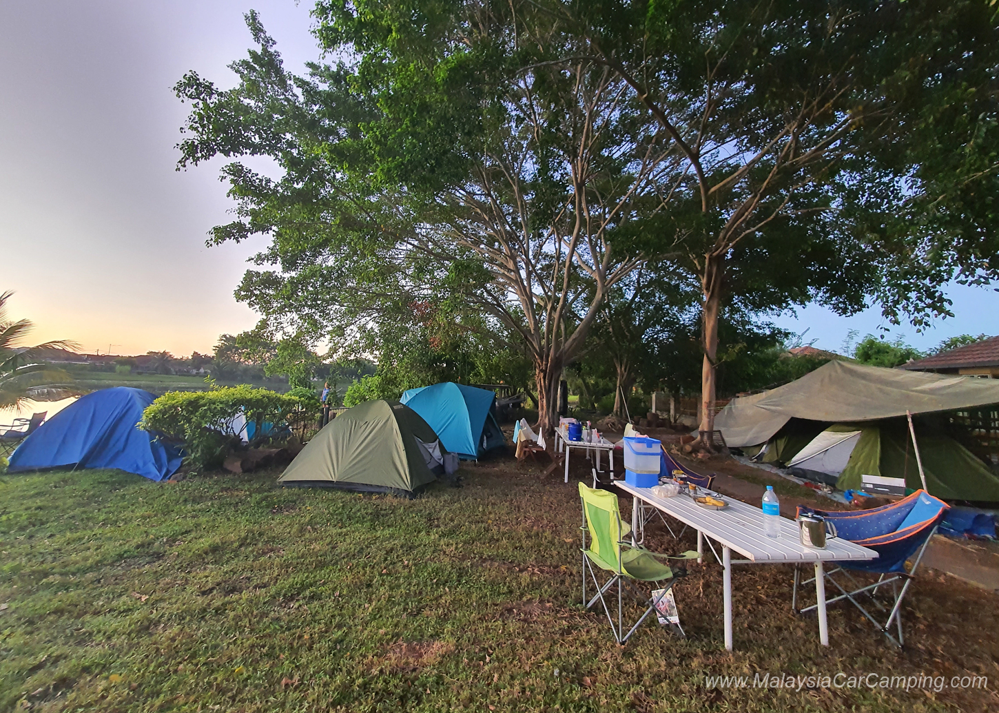 camping_with_dogs_puppy_lakeside_camping_malaysia_car_camping_malaysia_campsite-26