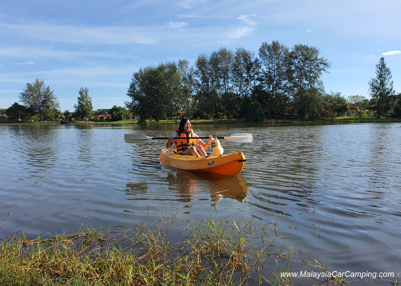 kayaking_puppy_lakeside_camping_malaysia_car_camping_malaysia_campsite-7