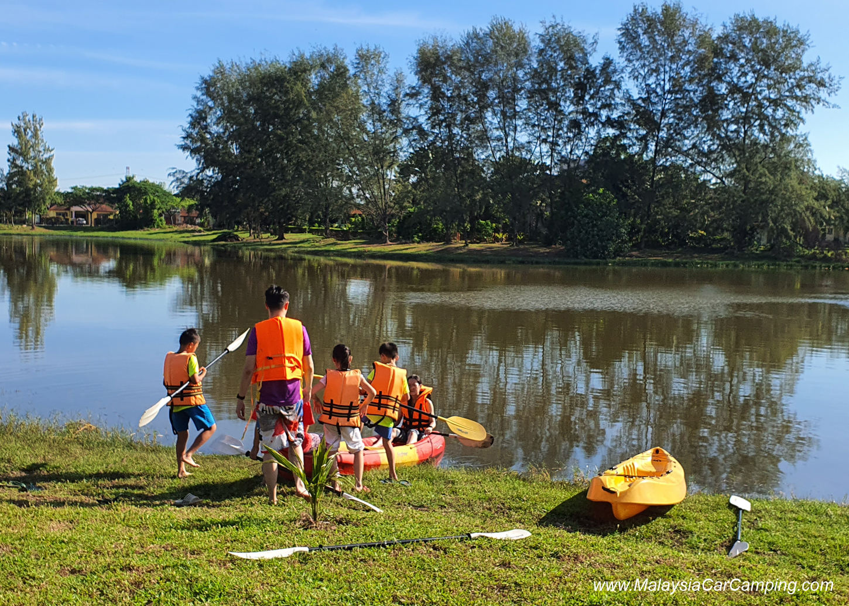 kayaking_puppy_lakeside_camping_malaysia_car_camping_malaysia_campsite-8