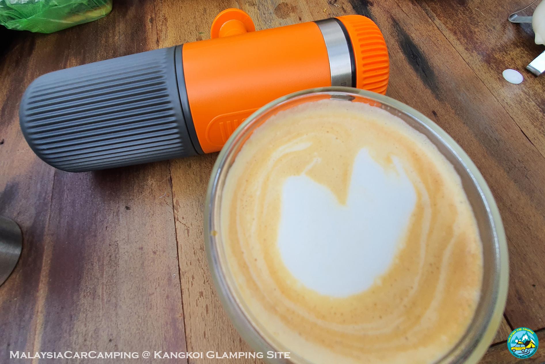 outdoor cappuccino